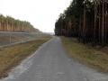 Droga asfaltowa wzdłuż S3