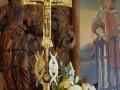 Wnętrze kościoła - krzyż